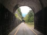 Durch 22 Tunnels