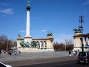 Das Millenniumsdenkmal am Heldenplatz