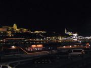 Hinten die Altstadt von Buda